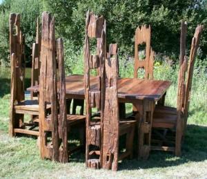 fencepost 8 seat dining set