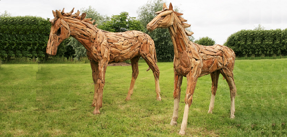 Root Wood Chip Life size Horses